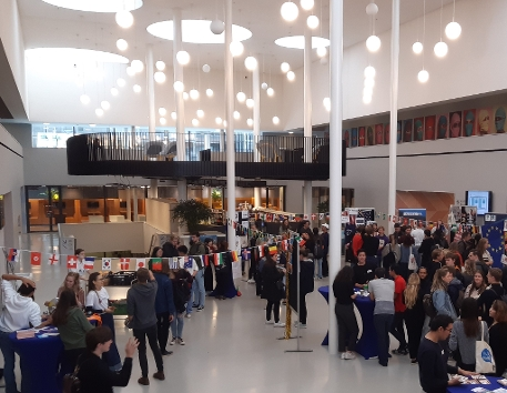 Overview of the hall during the Study Abroad Fair on Saturday, 5 October 2019.